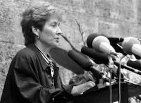 Dr. Christine Bergmann