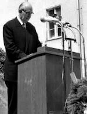 Prof. Dr. Dr. h.c. Karl Brandt