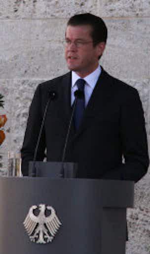 Dr. Karl-Theodor Freiherr zu Guttenberg