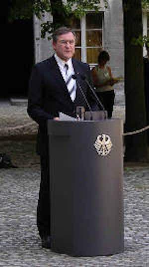 Dr. Franz Josef Jung