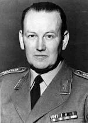 Johann Adolf Graf von Kielmansegg