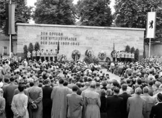 Gedenkfeier, Gedenkstätte Plötzensee, Berlin, 20.07.1954
