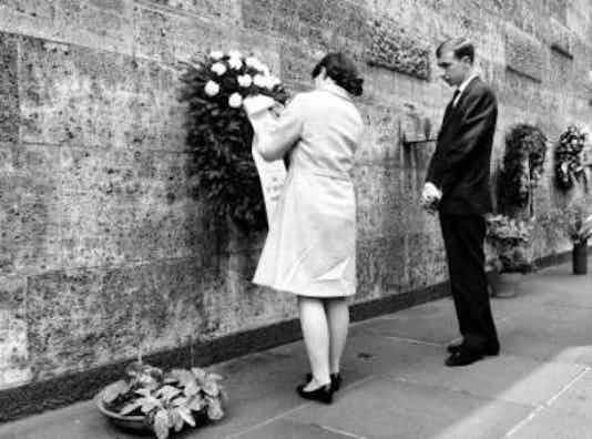 Gedenkfeier, Gedenkstätte Plötzensee, Berlin, 06.07.1966