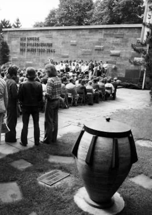 Gedenkfeier, Gedenkstätte Plötzensee, Berlin, 01.07.1974