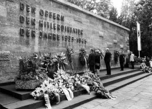 Gedenkfeier, Gedenkstätte Plötzensee, Berlin, 20.07.1992
